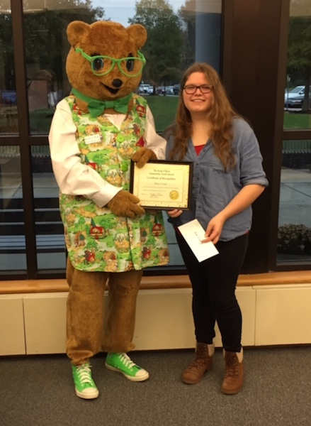 Hope Graig receives the 2016 Kody O'Bear Award for creating programs for fellow students in need, presented at Sussex Tech HS, Georgetown, Delaware, May 2016