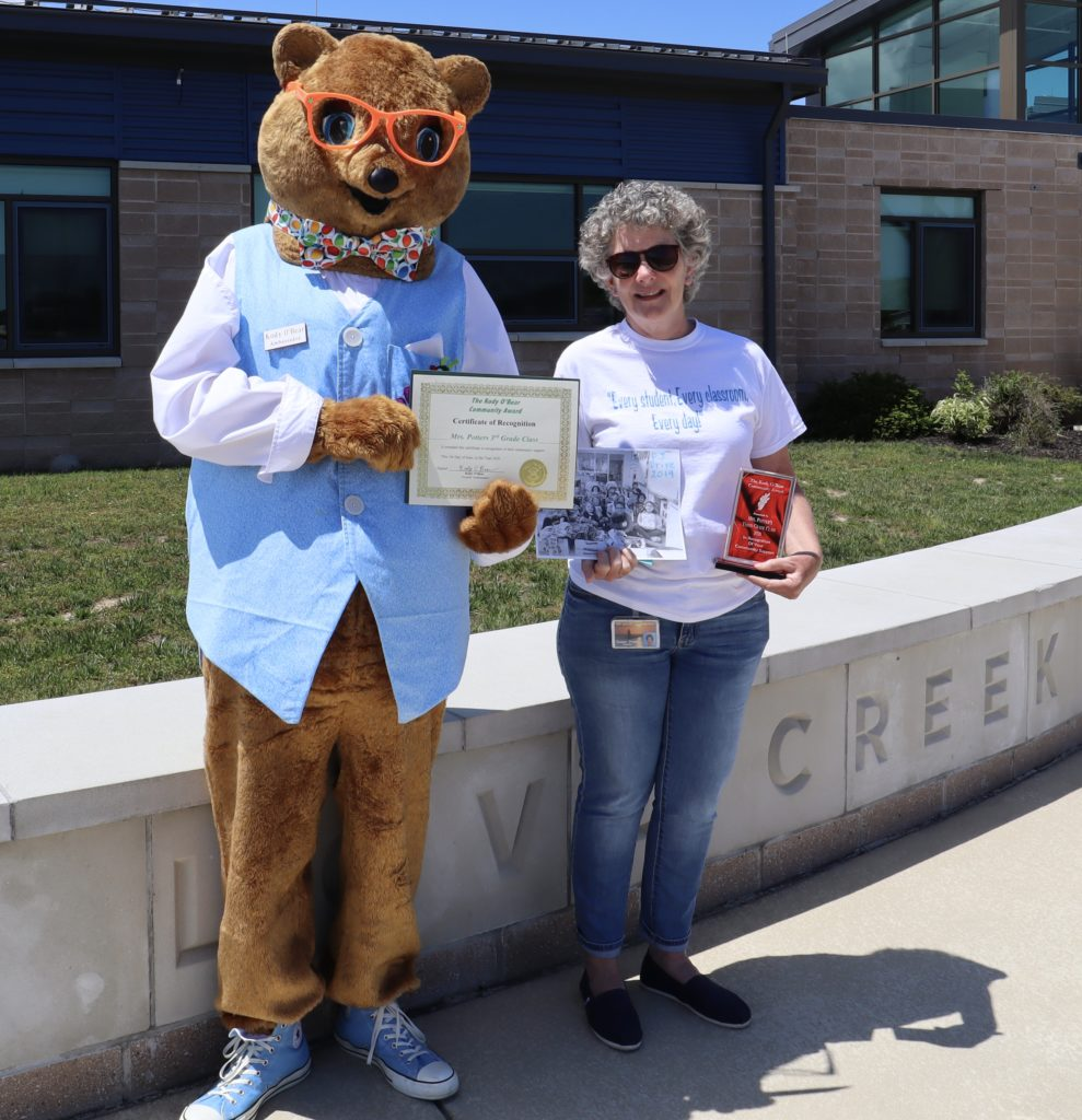 Susan Potter receives the Kody O'Bear award for her class collecting clothing items for local children in need. Love Creek Elementary, Lewes, Delaware, June 2020